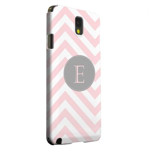 Geeks Designer Line (GDL) Samsung Galaxy Note 3 Matte Hard Back Cover - Gray Button Monogram E on Pale Pink Zig Zags