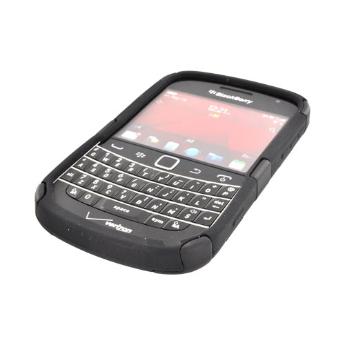 Blackberry Bold 9900, 9930 Hard Fishbone on Silicone Case - Black