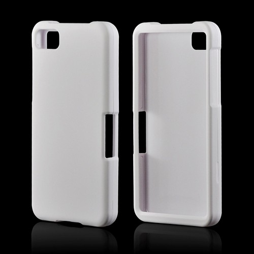White Rubberized Hard Case for BlackBerry Z10