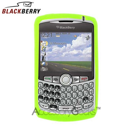 Original Blackberry Curve 8330, 8320, 8310, 8300 Rubber Silicone Skin Case - Green