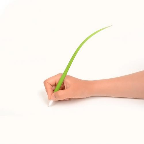 Geektastic Spring Green Grass Silicone Leaf Ballpoint Pen w/ Black Ink - Perfect for School!