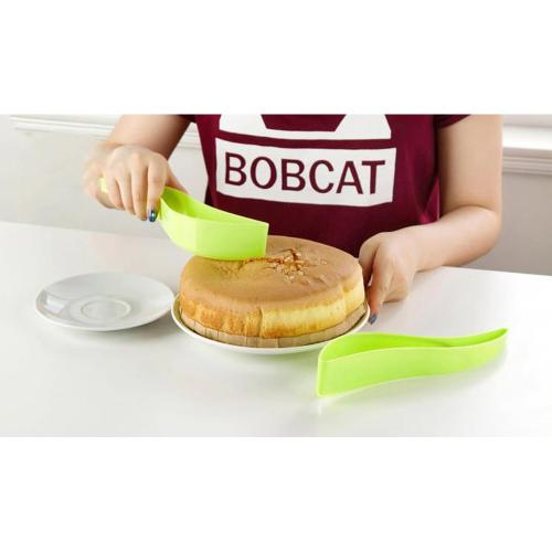 Universal Plastic Cake/ Pie Slicer - Cut the Perfect Piece!