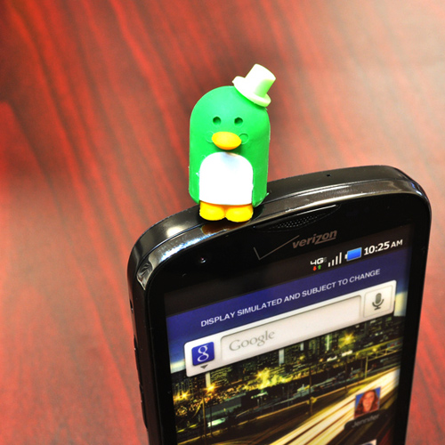 Universal 3.5mm Headphone Jack Stopple Charm - Green Penguin w/ Top hat