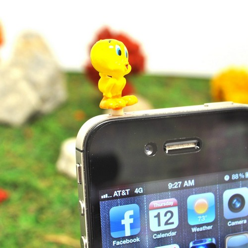 Original Warner Bros. Universal 3.5mm Headphone Jack Stopple Charm - Tweety Bird Singing